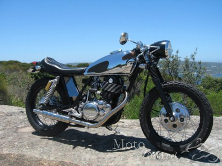 Кафе рейсер Yamaha SR400 The Addict